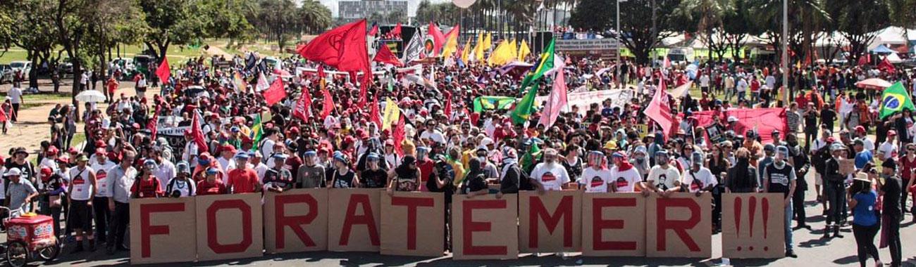 """Com 200 mil manifestantes, movimentos populares comemoram êxito do """"Ocupa Brasília"""""""