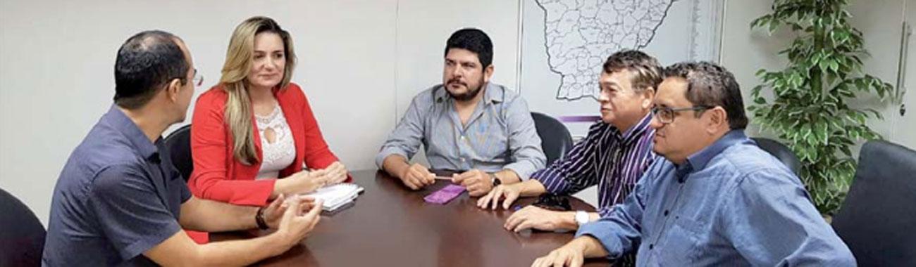 Sindicato mobiliza parlamentares cearenses em defesa do BNB