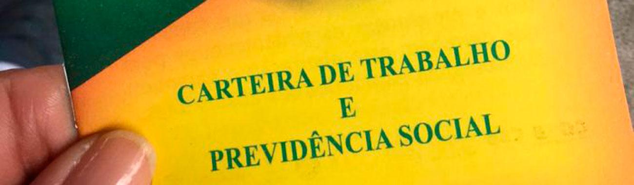 Carteira verde amarela de Bolsonaro é mina de dinheiro para o governo